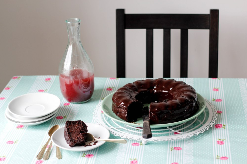 chocolate-cake-quinoa-glutenfree-claudialeclercq